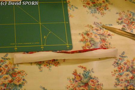 Les Sporniketeries (bustier avec tour de cou p4) - Page 4 20071114_tutoriel_bustier_11